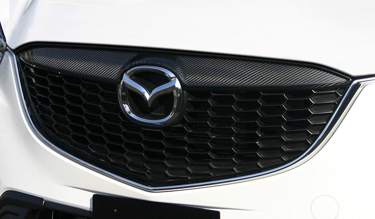 CX-5用ケンスタイルカーボングリルガーニッシュ